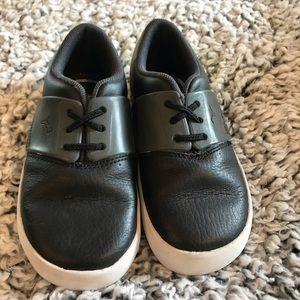 Toddler Boy Puna sneakers size 9